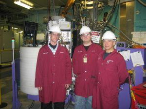 Dr. Vladimir Kozhevnikov (right) and students at the D3 beamline.